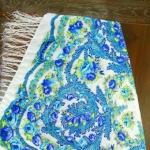 Платок бело-голубой